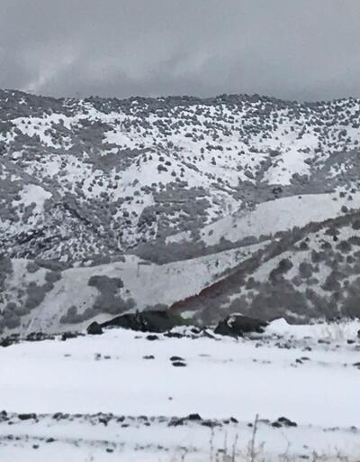 Pülümür ve Ovacık'a mevsimin ilk karı yağdı