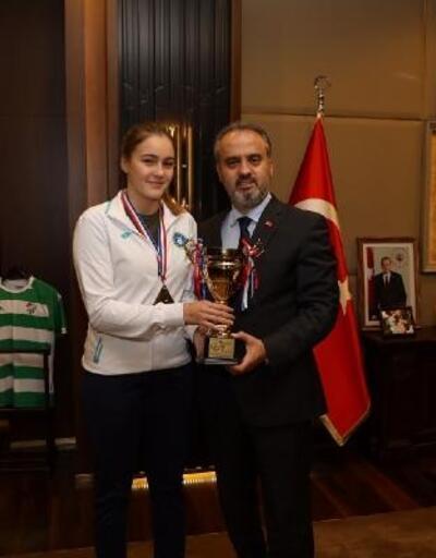 Başkan Aktaş, Ece Haraç'ı ağırladı