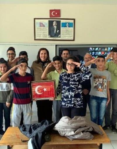 Babaeskili öğrencilerin mektuplarına Mehmetçikten cevap geldi