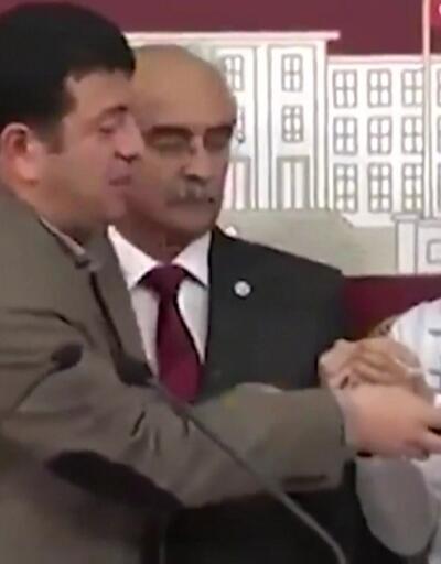 YPG'li terörist TBMM'de CHP'li Ağbaba'yla açıklama yapmış