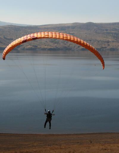 Tunceli'de turizm potansiyelini artırmak için yamaç paraşütü eğitimine başlandı