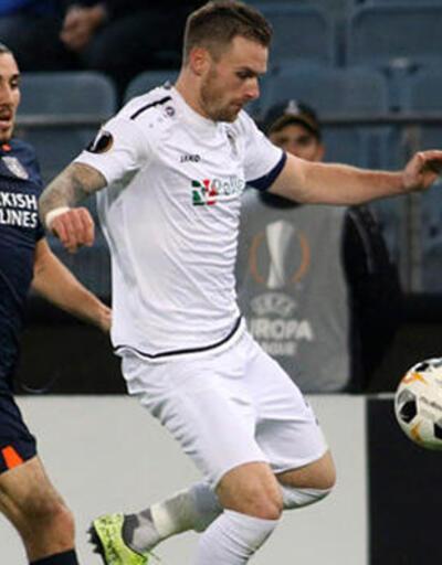 UEFA Crivelli'yi haftanın futbolcusuna aday gösterdi