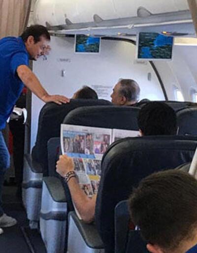 Mustafa Cengiz ve Ergin Ataman uçakta karşılaştı