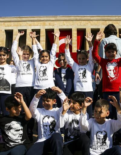 Ata'nın çocukları Anıtkabir'de