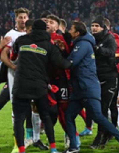 Bundesliga karıştı, yumruklar konuştu