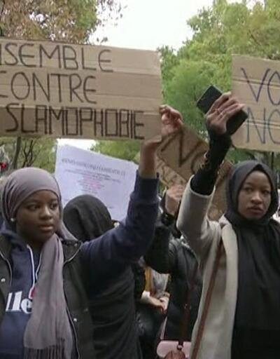 """Fransa'da """"artık yeter"""" gösterisi"""