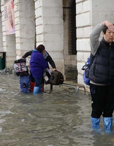 Venedik su altında kaldı