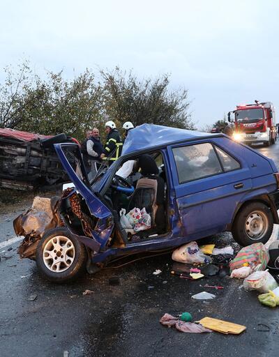 Tekirdağ'da otomobille hafif ticari araç çarpıştı: 2 ölü, 3 yaralı