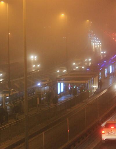 İstanbul'da sis esareti! Bazı seferler iptal edildi!
