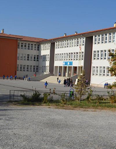 Aksaray'daki okulda müdür ve müdür yardımcısı yöneticilik görevinden alındı