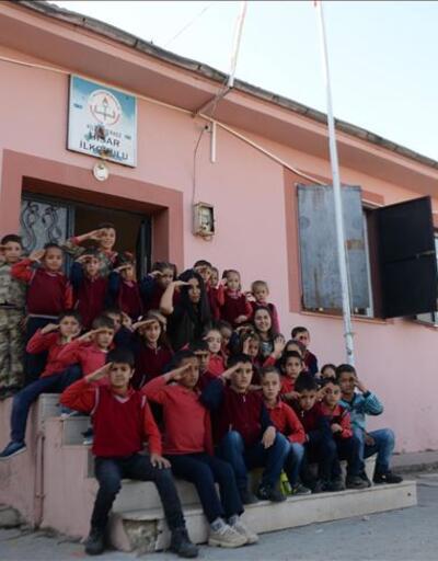 Onlar sınırın fedakar öğretmenleri