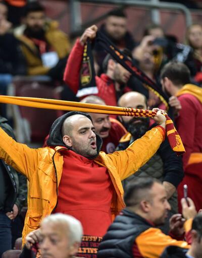Galatasaray'ı izlemeye geldi