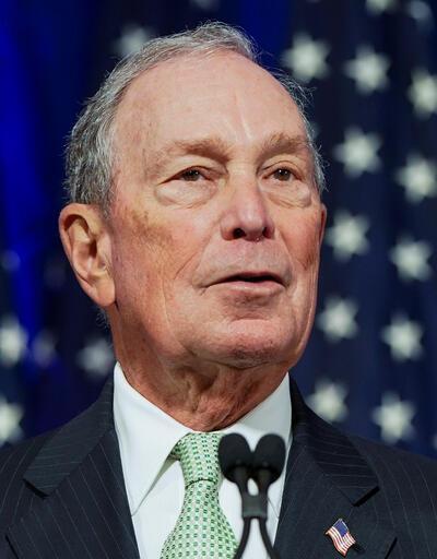 Michael Bloomberg'in serveti korkutuyor
