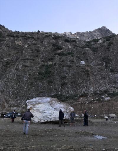 """Sahaya kaya parçası düştü: """"Artık ölüm korkusuyla yaşamak istemiyoruz"""""""