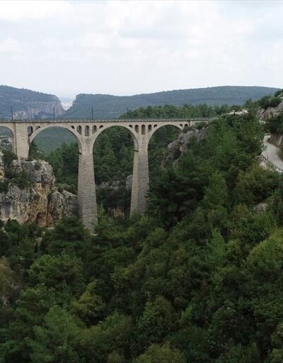 """""""James Bond'un düştüğü köprü""""nün ışıklandırması bir ayda tamamlanacak"""