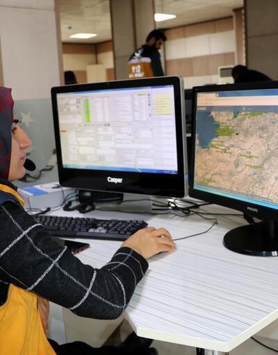 112 Acil Servis hattına gelen sorular 'pes' dedirtiyor