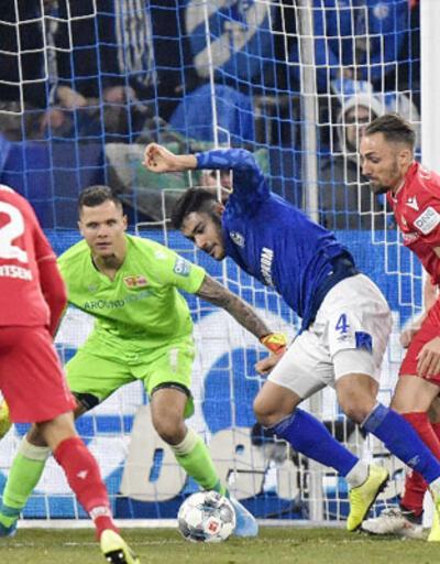 Ozan Kabak Bundesliga'da ayın 11'inde