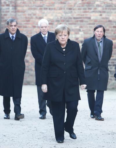 Merkel: Derin bir utanç duyuyorum