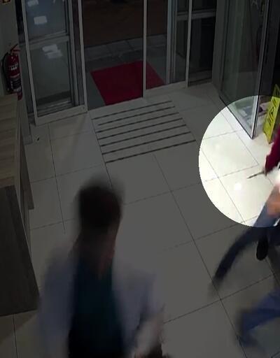 Elinde bıçakla hastaneye girdi