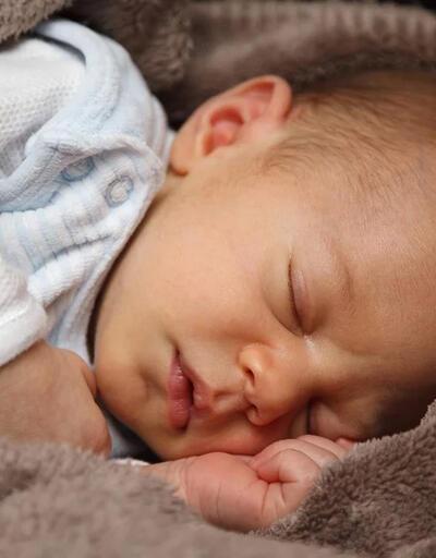 Bebeklerde burun tıkanıklığı, gaz sancılarına yol açabilir