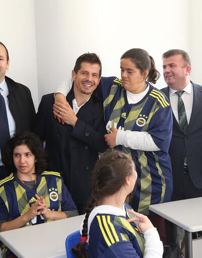 Ali Koç ve futbolculardan anlamlı ziyaret