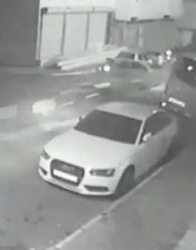 Sultanbeyli'de kaza anı kameraya yansıdı