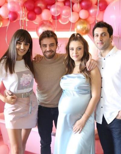 Hande Erçel'in ablası Gamze Erçel doğum yaptı