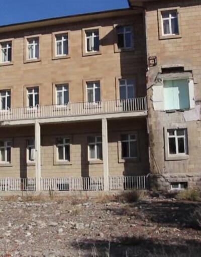 Hastane binası tehlike saçıyordu
