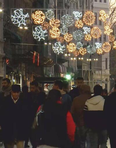 İstiklal Caddesi yeni yıla daha yeşil, ışıl ışıl, lavanta ve gül kokularıyla girecek