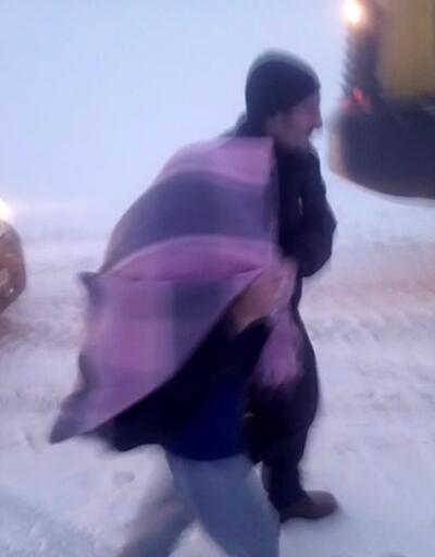 Kar nedeniyle köyde mahsur kalan hasta için ekipler seferber oldu