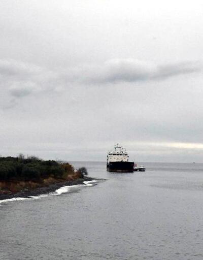Karaya oturan geminin kaptanı yardım istemedi