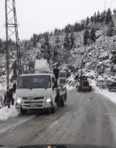 Kar yağışının etkili olduğu köylerde çalışmalar sürüyor