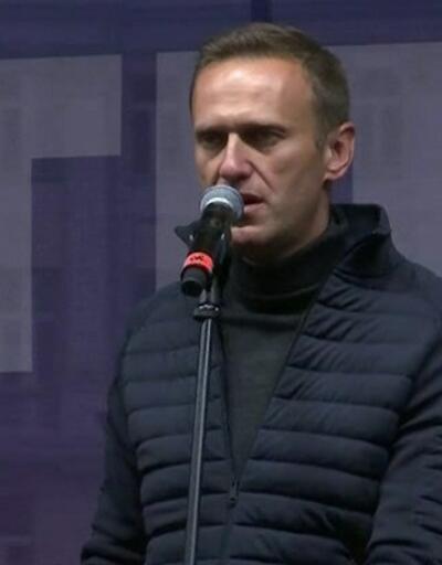 Rus polisi muhalif lideri gözaltına aldı