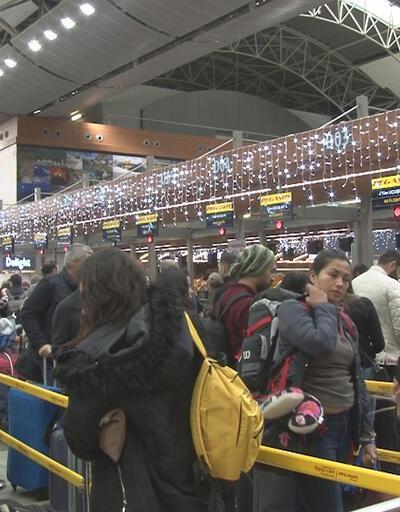Sabiha Gökçen Havalimanı'nda yılbaşı yoğunluğu