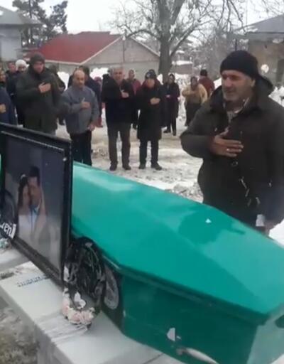 Bu acıya yürek dayanmaz... Genç kadın hastanede ikizleri ile birlikte öldü