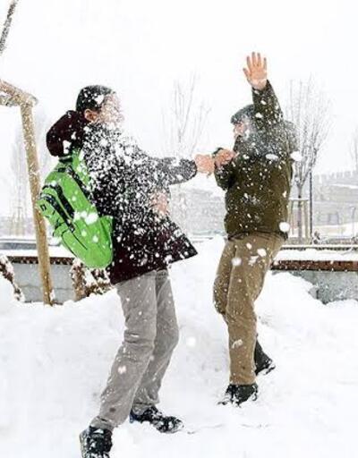 Burdur'da eğitime kar engeli