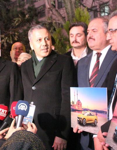 İstanbul Valisi'nden taksicilere yeni yıl ziyareti
