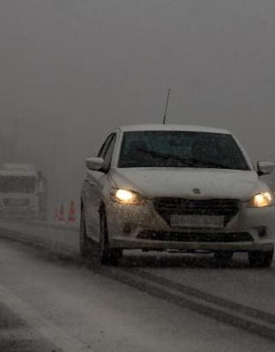Çankırı'da kar ulaşımı aksattı