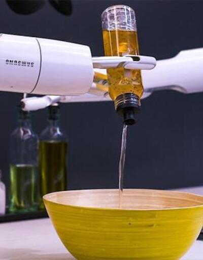 Samsung yemek robotu şimdilik sadece şov yapıyor