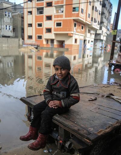 Gazze'de onlarca ev su altında kaldı
