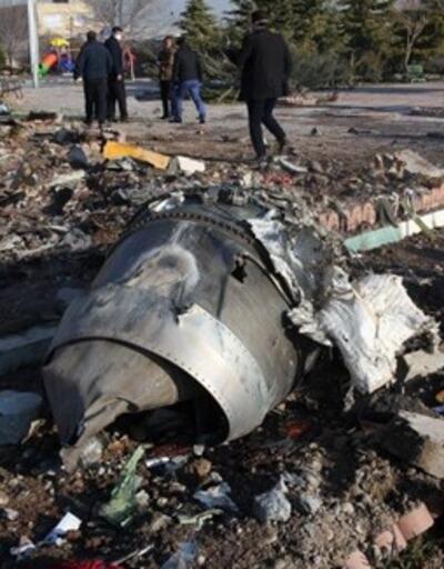 İran'da düşen uçakla ilgili dikkat çeken açıklama: Önemli bilgiler aldık