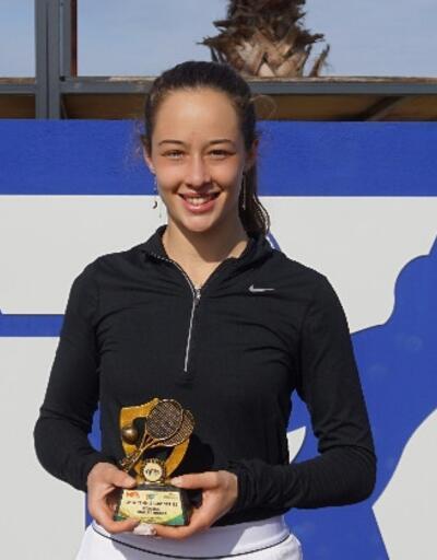 17 yaşındaki Zeynep Sönmez şampiyon oldu