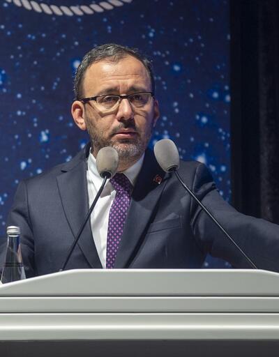 Bakan Kasapoğlu: Spor Kulüpleri ve Federasyonlar Çalıştayı hepimiz için bir fırsat