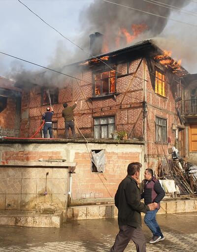Alevler hızla yayıldı! Vatandaşlar seferber oldu