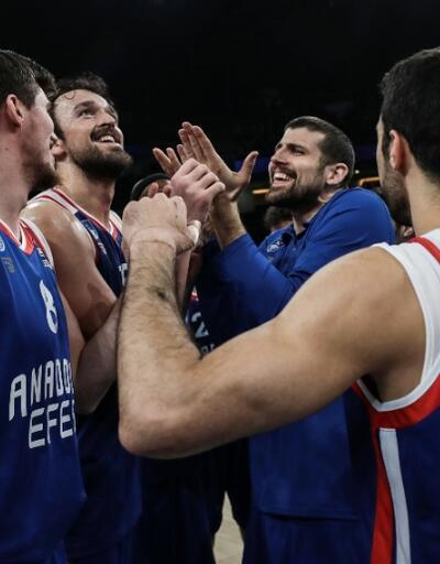 Anadolu Efes 20 sayı farkla kazandı