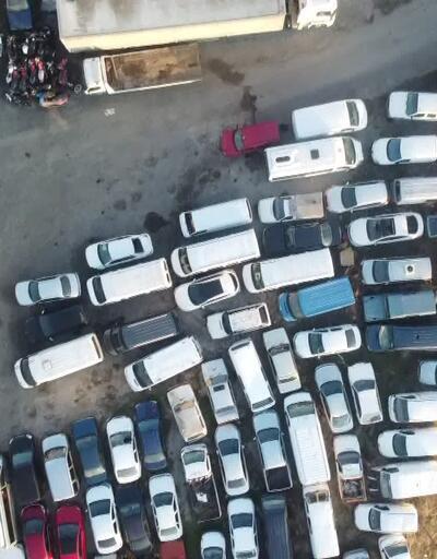 Göçmen kaçakçılığından yakalanan araçlar birikti