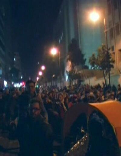 Lübnanlılar yeniden sokakta