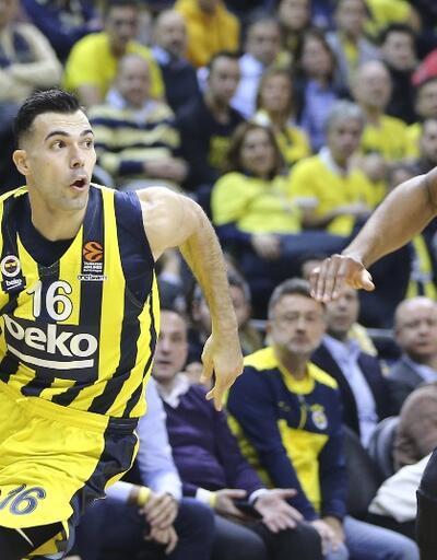 Fenerbahçe Barcelona'ya kaybetti