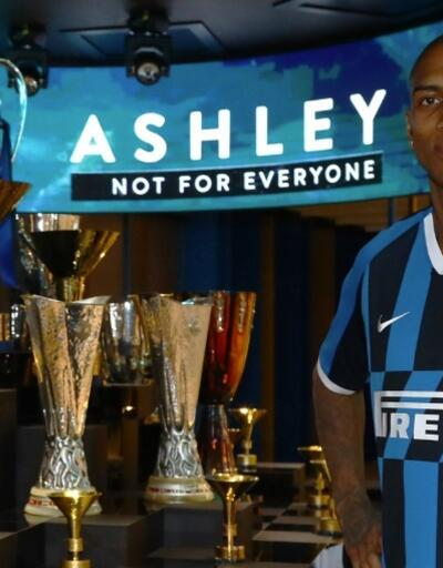 Inter Ashley Young'ı açıkladı