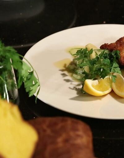 Can Oba'dan yer elması çorbası, salatalık ve patatesli şinitzel tarifi